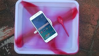 getlinkyoutube.com-Samsung Galaxy J5 Water Test -  It Is Water Resistant ?