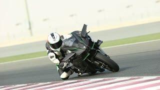 getlinkyoutube.com-Kawasaki Ninja H2 and H2R review | Track test
