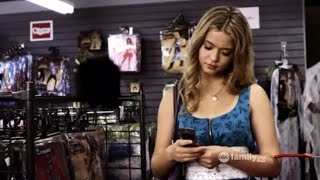 "getlinkyoutube.com-Pretty Little Liars - Alison DiLaurentis 2x13 Parte 2 SUBTITULADO ""The First Secret"""
