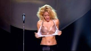 getlinkyoutube.com-Shakira Sexy Shake (Live From Paris HD)
