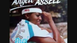 Angèle Assélé - Associé