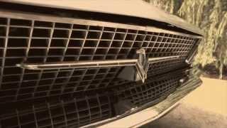getlinkyoutube.com-1966 Ford Thunderbird Convertible - Retro Video