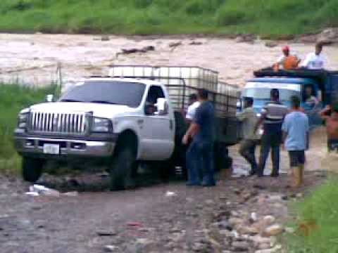 Videos Related To 'ford Triton 4x4 Levantado En 2 Ruedas'