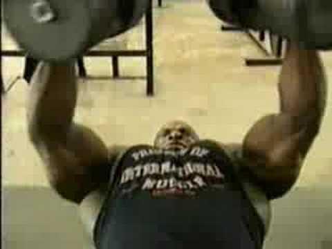 Жим лежа 225 кг - Ронни Колеман
