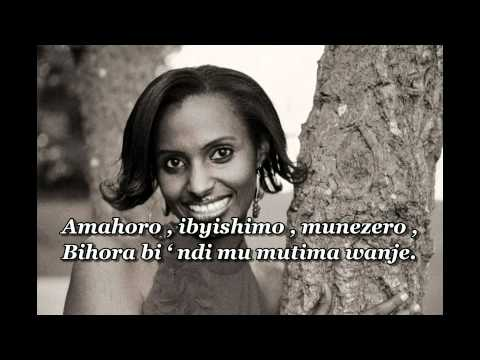 AMAHORO by Gaby avec Lyrics