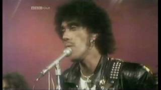 getlinkyoutube.com-THIN LIZZY - The Boys Are Back In Town  (1976 UK T.O.T.P. TV Appearance) ~ HIGH QUALITY HQ ~
