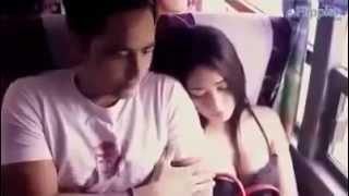 getlinkyoutube.com-Cewe Cantik lagi Tidur Di Pegang Toketnya !!