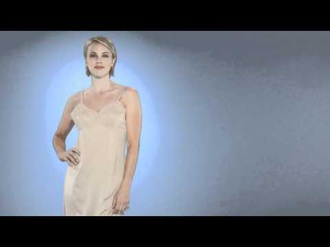 Vanity Fair Rosette Lace Full Slip #10103