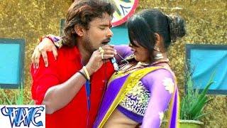 getlinkyoutube.com-Piya Chaite Me Aayita  पिया चइत में अईतs - Chait Bada Satavela - Bhojpuri Hot Chaita Songs HD
