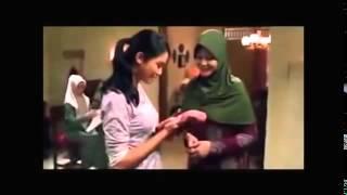 getlinkyoutube.com-HIJRAH CINTA Official Full Movie 2014 Kisah Alm  Ustad Uje Dollar Hunter