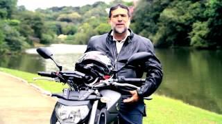 getlinkyoutube.com-Yamaha MT-09 chama a atenção ao misturar estilos naked e motard