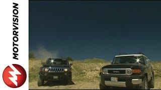 getlinkyoutube.com-Hummer H3 vs. Toyota FJ Cruiser