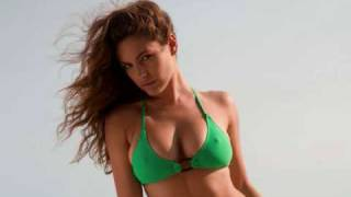 getlinkyoutube.com-The gorgeous Kelly Brook