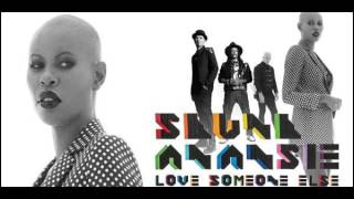 getlinkyoutube.com-Skunk Anansie   Love Someone Else Lyric Video