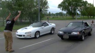 getlinkyoutube.com-BEATER BOMB vs 1000whp Turbo Camaro on the STREET