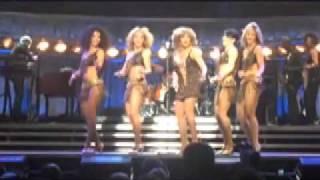 getlinkyoutube.com-Tina Turner-Proud Mary-Dublin-4/11/09
