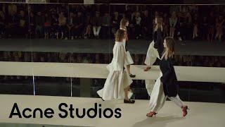getlinkyoutube.com-Acne Studios Women's Spring/Summer 2012 show