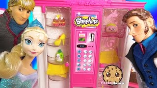getlinkyoutube.com-Barbie Vending Machine of Shopkins Season 3 with Disney Frozen Queen Elsa, Prince Hans, Doll  Video