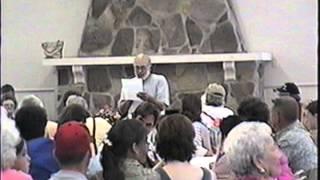 getlinkyoutube.com-Pernell Roberts at Roberts Reunion, 2000