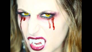 getlinkyoutube.com-Makeup Tutorial Trucco Halloween Sexy Vampira