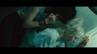 getlinkyoutube.com-Kristen Stewart and Dakota Fanning in The Runaways