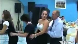 getlinkyoutube.com-Düğünde Kendini Kaybeden Fortçu Dede
