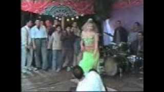 getlinkyoutube.com-افراح بلدى رقص سكس