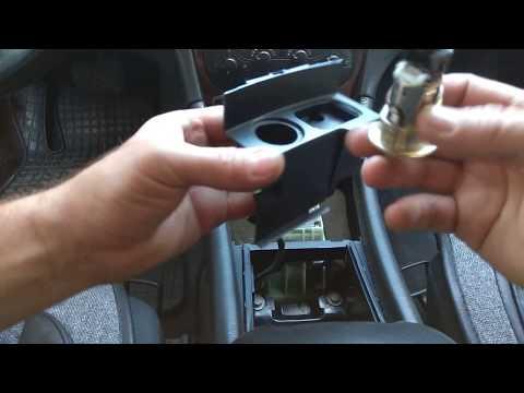 Mercedes W203, Как Снять Прикуриватель и заменить лампочку подсветки ®