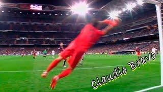 Claudio Bravo en FC Barcelona y capitán de la roja 2015