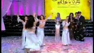 getlinkyoutube.com-رقص شرقي على انغام هزي يا نواعم   YouTube