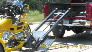 getlinkyoutube.com-E-Power Motorcycle Lift (Trike Version)