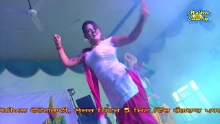 Hot curvy punjabi dance