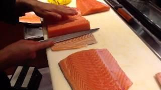 getlinkyoutube.com-Corte Japonés y preparación del sajón para sushi y sashimi