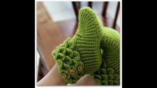 getlinkyoutube.com-Crocodile Stitch Boots Adult Sizes Crochet Pattern Presentation