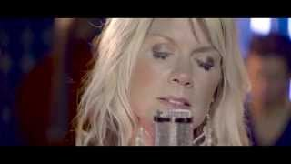 getlinkyoutube.com-Natalie Grant - King Of The World (Official Acoustic Video)