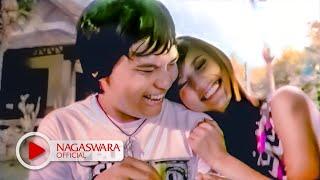 getlinkyoutube.com-Wali Band - Baik Baik Sayang - Official Music Video - NAGASWARA