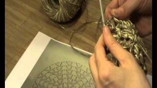 "getlinkyoutube.com-Gorra de Ganchillo-Crochet con visera Con ""Paper"" de lanas Katia"