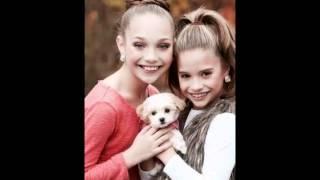 getlinkyoutube.com-Maddie and Mackenzie Ziegler Slideshow