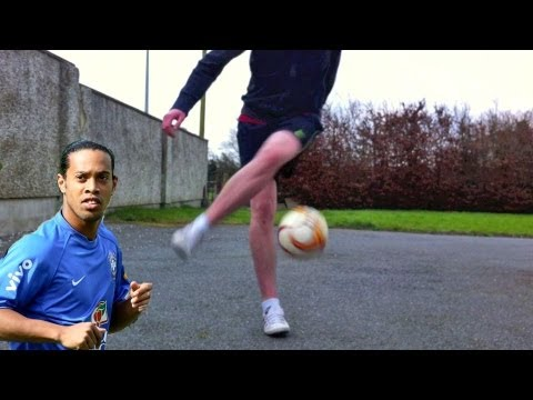 Ronaldinho Combo #1 (Tutorial) :: Freestyle Football / Soccer