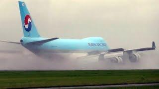 getlinkyoutube.com-Boeing 747 Landing in Very High Cross Wind - A+ Pilot!
