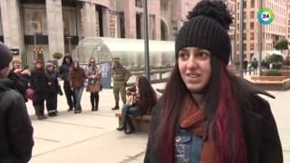 getlinkyoutube.com-Девушка из Армении добилась мировой известности, выступая на улице