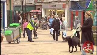 Just for laughs - Ném phân chó vào người đi đường