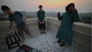 Adzan jadi intro musik.. Dengerin dulu baru komen atau WOW gan. Dub FX NO REST FOR THE WICKED feat. CAde & Mahesh Vinayakram