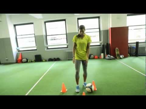 Tobin Heath's Closed-Space Dribbling Drill