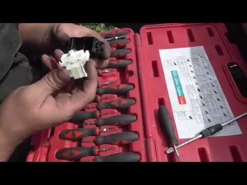 Как отремонтировать кнопку стеклоподъемника Nissan Wingroad AD и др.