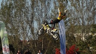 getlinkyoutube.com-Polish Speedway Battle, Polska vs reszta świata, Lublin PSB + freestyle motocross