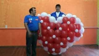 getlinkyoutube.com-CORAZON GIGANTE CON GLOBOS BIPOLO