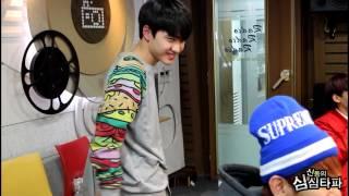 getlinkyoutube.com-20131211 신동의 심심타파 / EXO 디오 - 섹시댄스