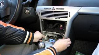 getlinkyoutube.com-Разборка панели приборов Opel Astra H