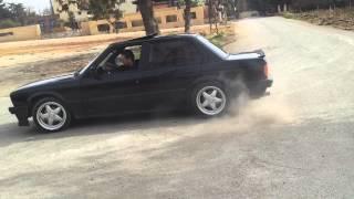 getlinkyoutube.com-BMW drift - E30 - 325i donuts - weam - king drift